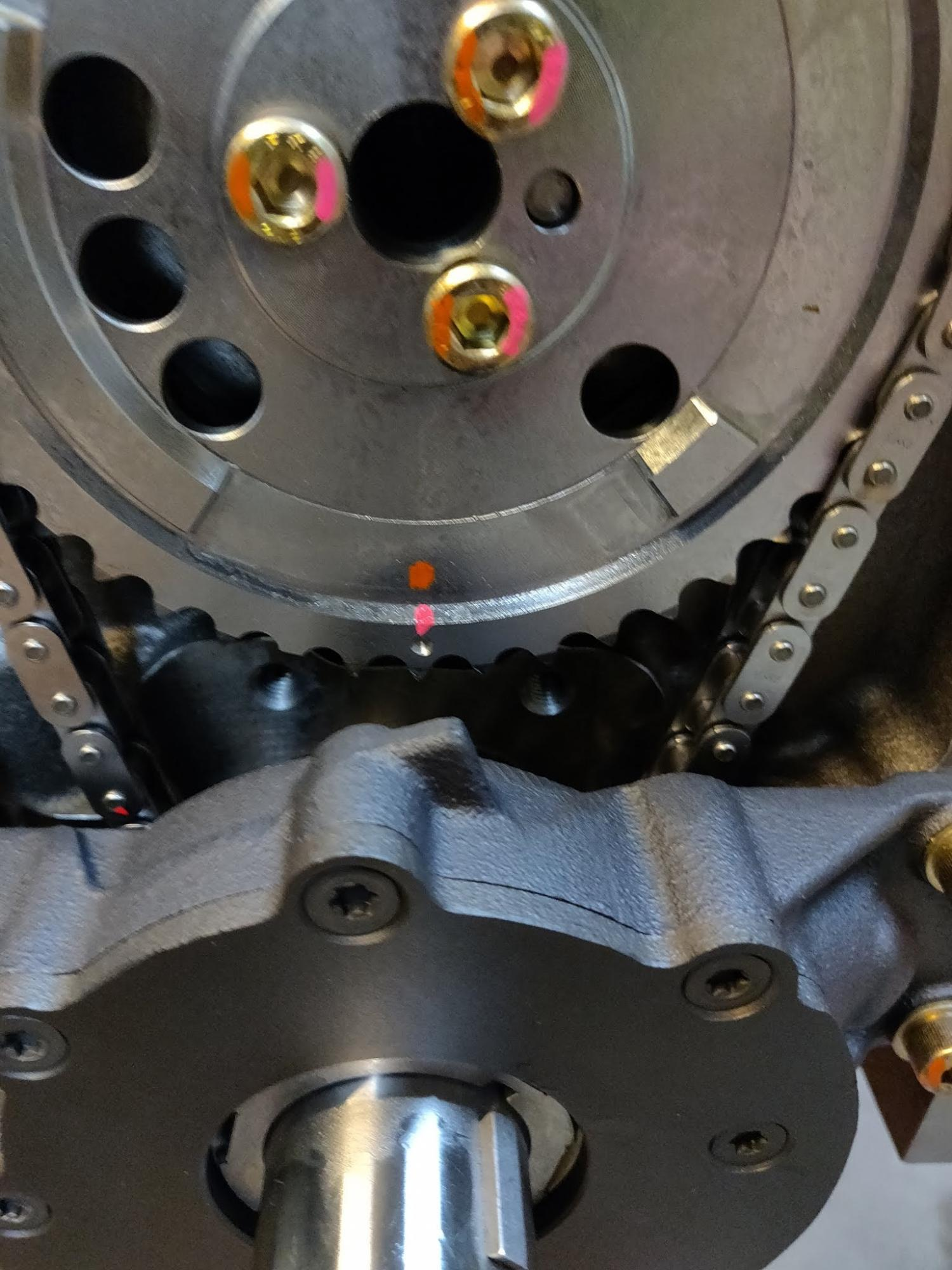 No timing chain tensioner or damper??????